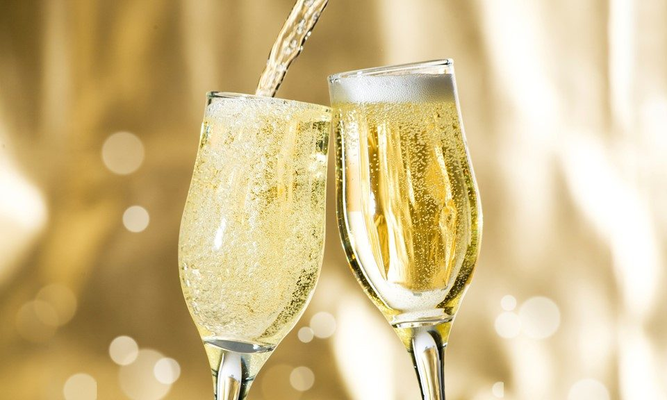 Bud & Bubbly: Pairing Your New Year's Champagne with Cannabis