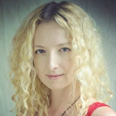 Zoe Wilder's Bio Image
