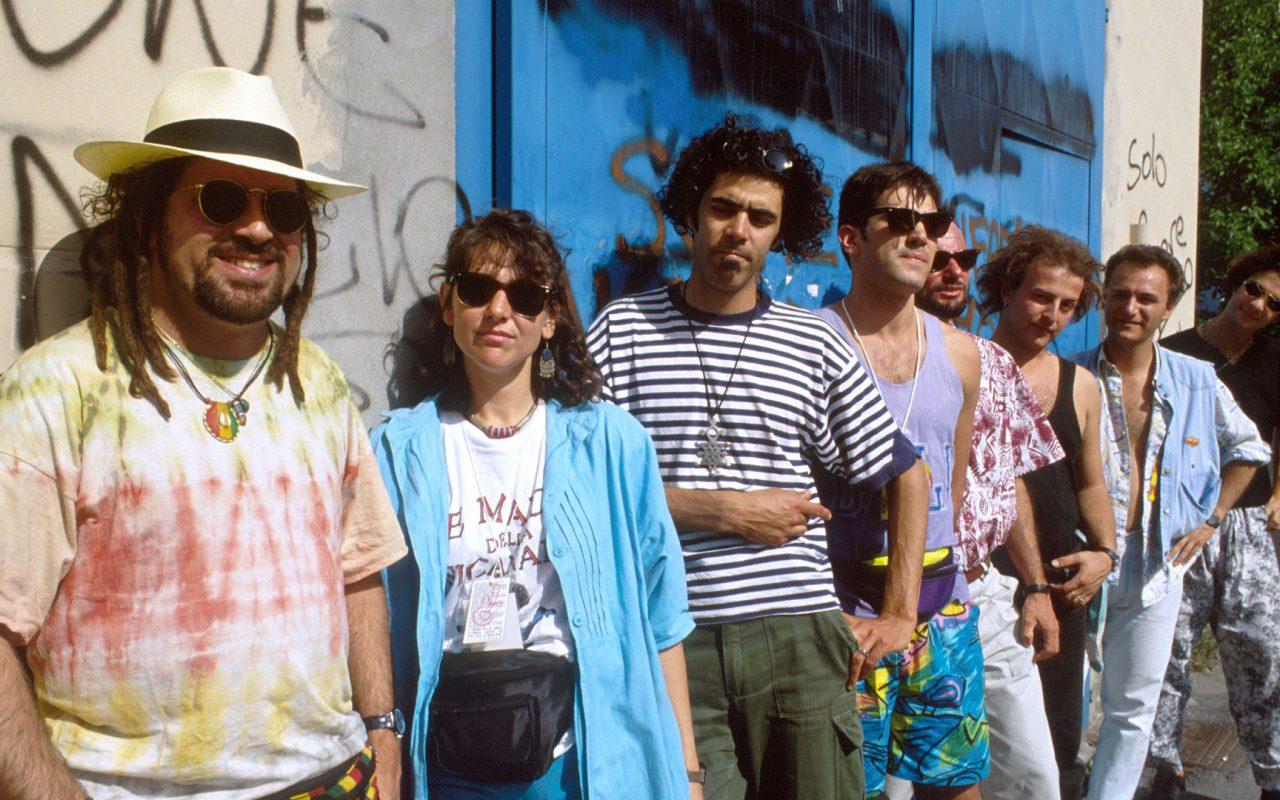 Pitura Freska, an Italian Reggae band, in 1992