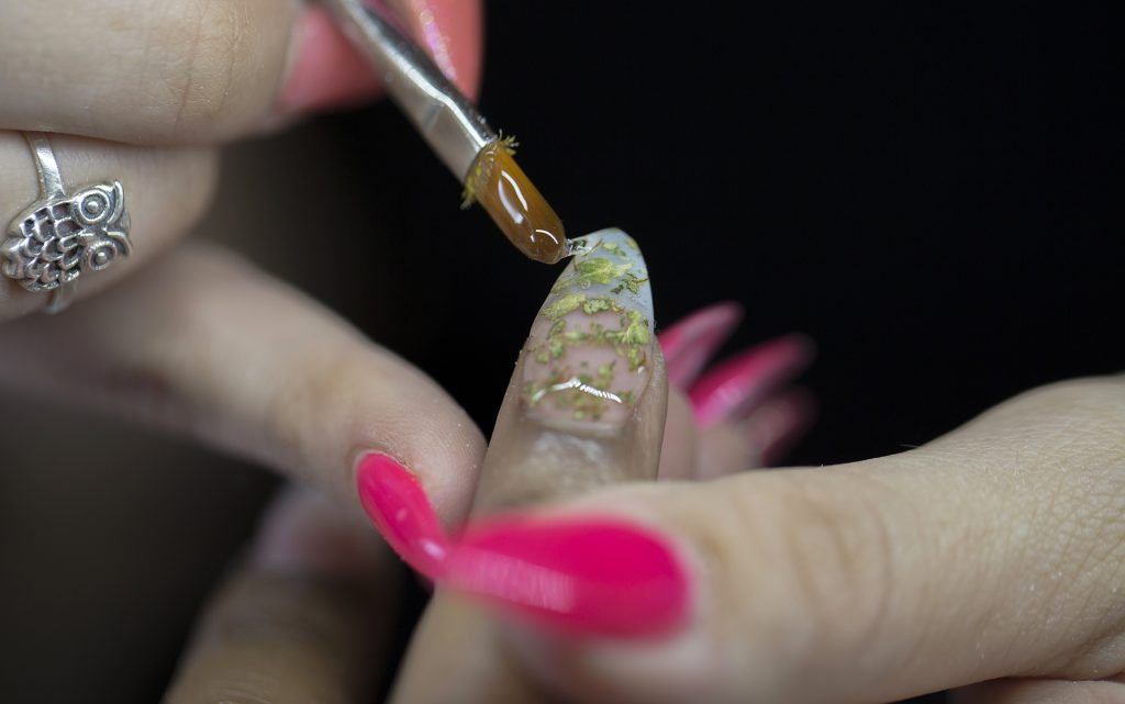 Step 5: Add gel polish to weedicure nail design