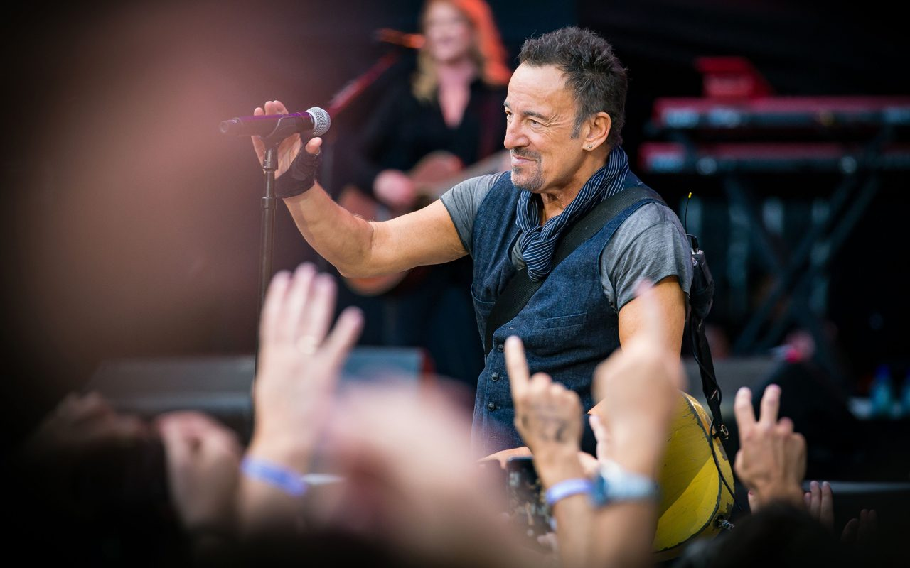 That One Time Bruce Springsteen Sang to Obama About Marijuana