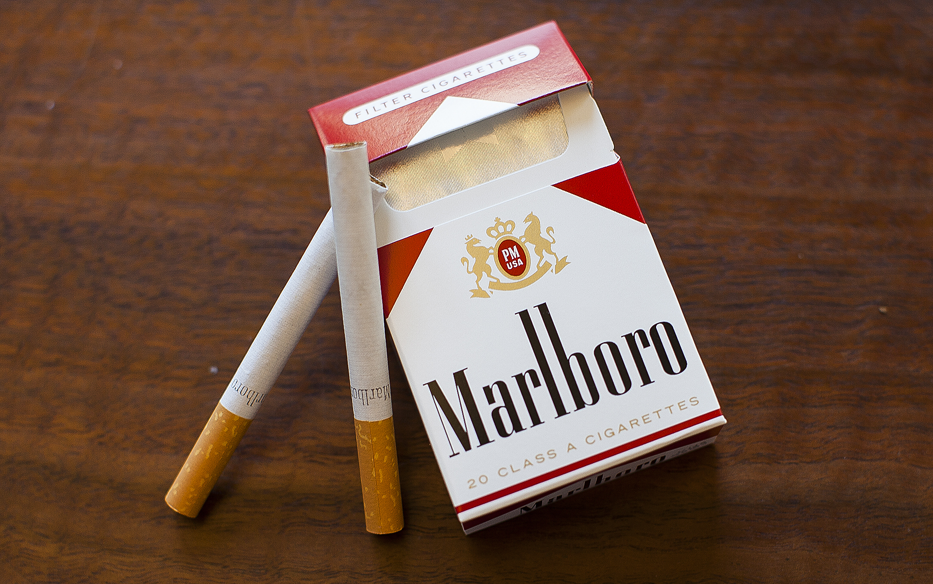 Just a regular old pack of Marlboro cigarettes.
