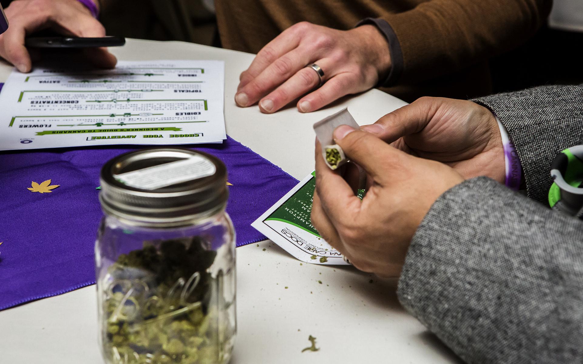 mass-legalization-3