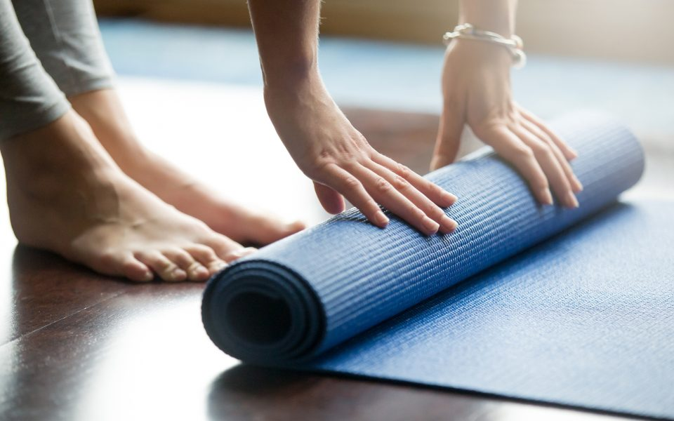 How to Combine Yoga and Cannabis: A Beginner's Experience
