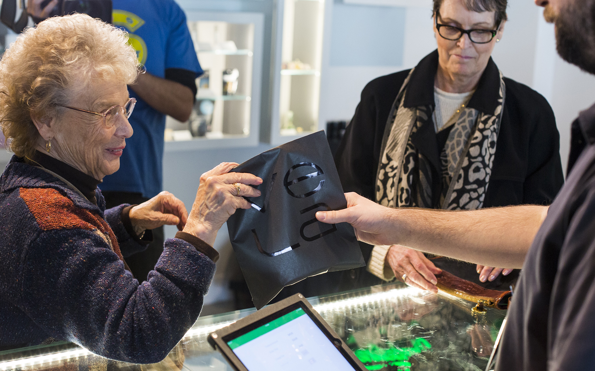 When Seniors Visit a Cannabis Store, There are Questions Aplenty   Leafly