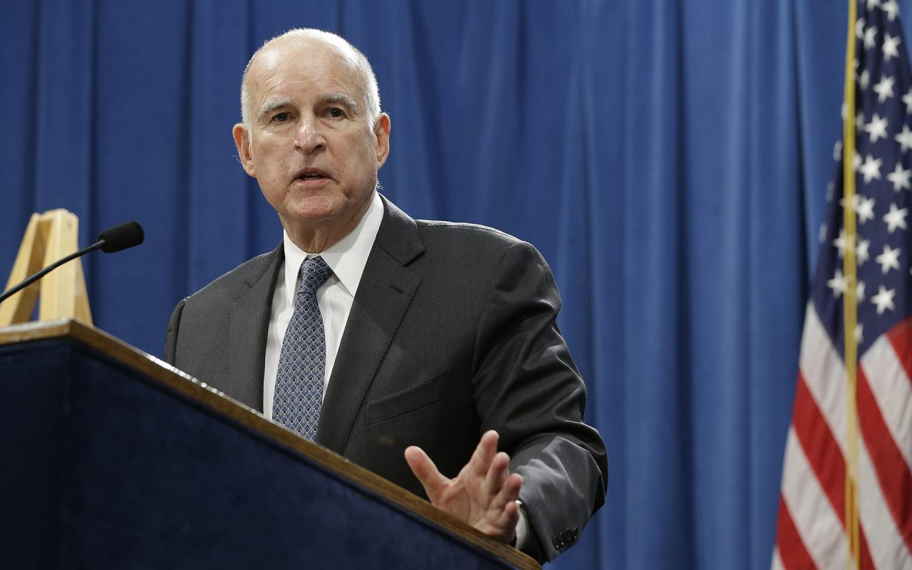 California Strikes Deal with Truckers to Hike Fuel Tax