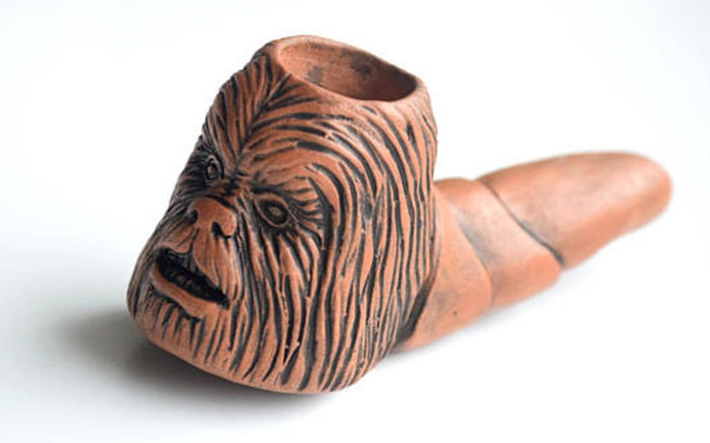 chewbacca-ceramic-pipe