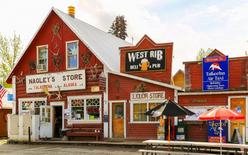 Marijuana Shop Creates Chasm in Alaska Tourist Town