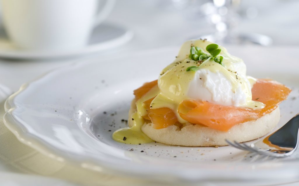 Recipe: Marijuana-Infused Eggs Benedict With Smoked Salmon | Leafly