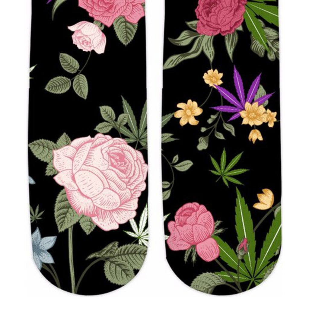 Weed socks with flower print