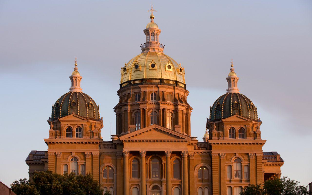 Iowa Senate Bill Would Open the Door to More Potent Medical Marijuana & Iowa Senate Bill Would Open the Door to More Potent Medical ...