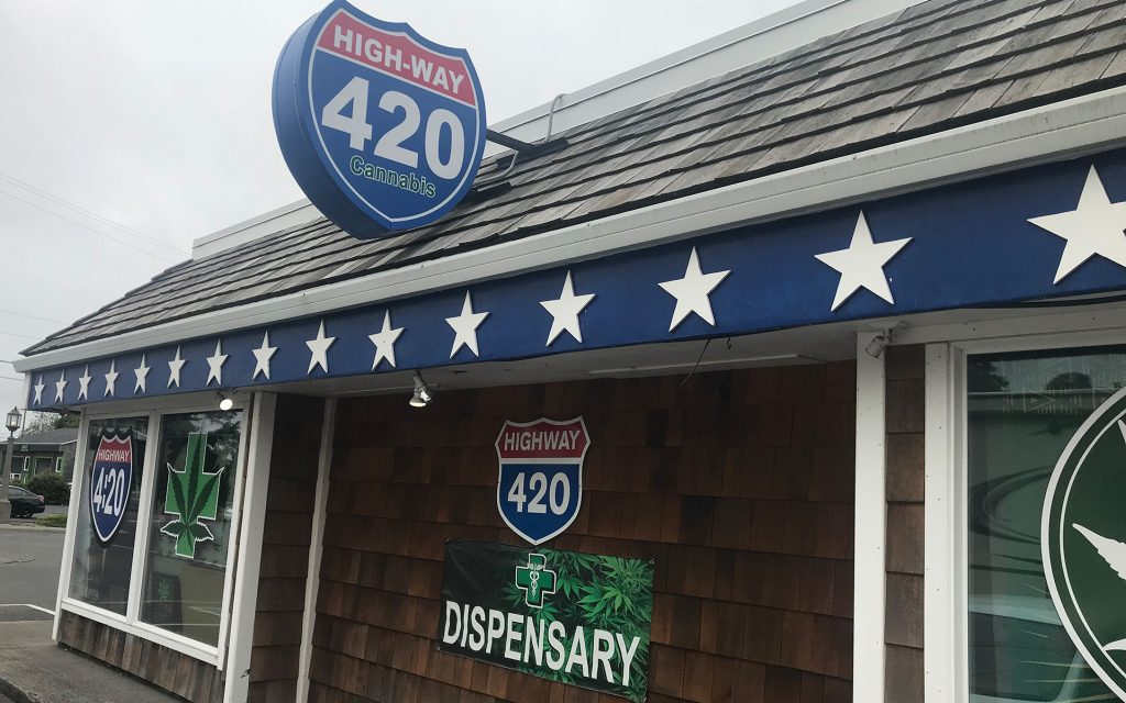 Oregon coast dispensaries & cannabis hotspots in Seaside: Highway 420