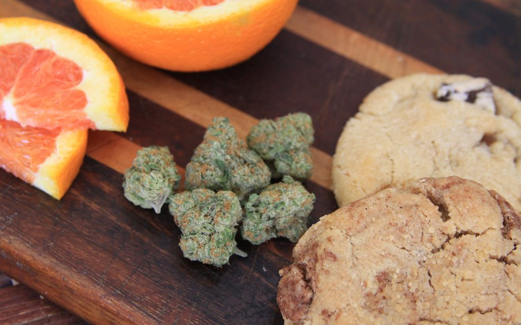 sweet weed strain that tastes like dessert: orange cookies