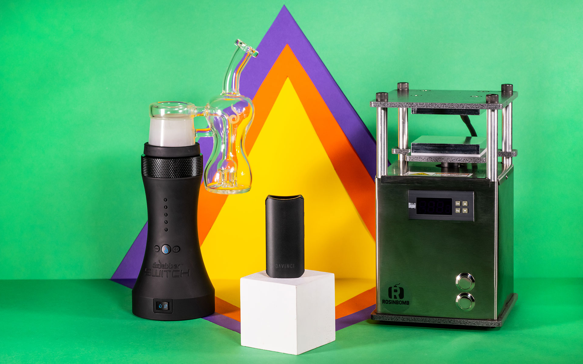 Leafly's Holiday Gifts: $200 and Up thumbnail