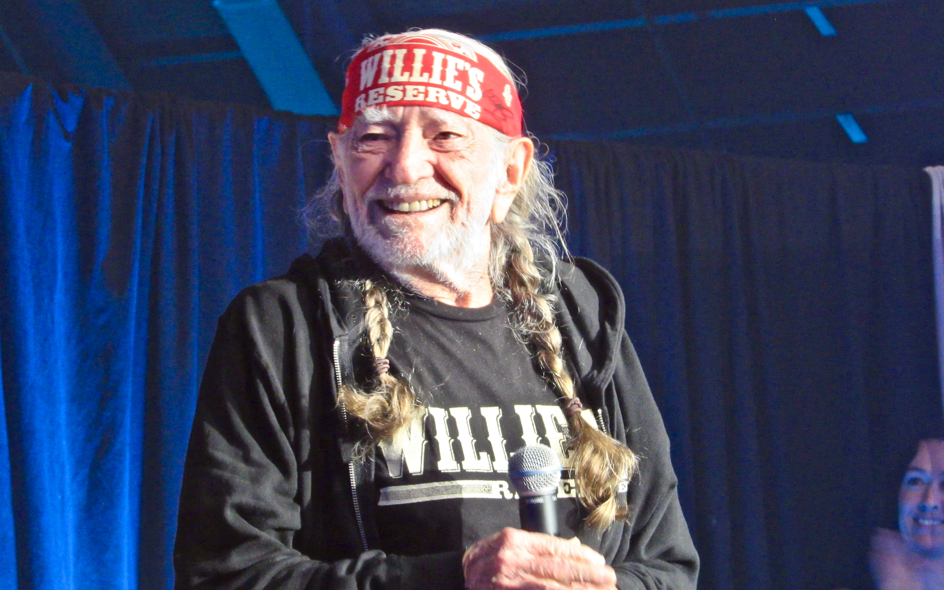 Emerald Cup 2018 in Photos: Willie Nelson, Kevin Smith, and Dabs Galore thumbnail