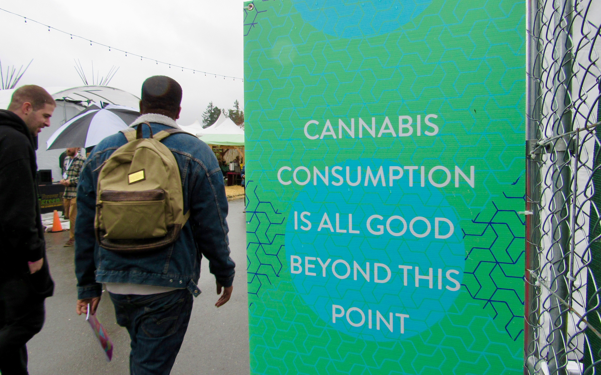 The Emerald Cup featured the world's largest on-site consumption area and farmer's market. (David Downs/Leafly)