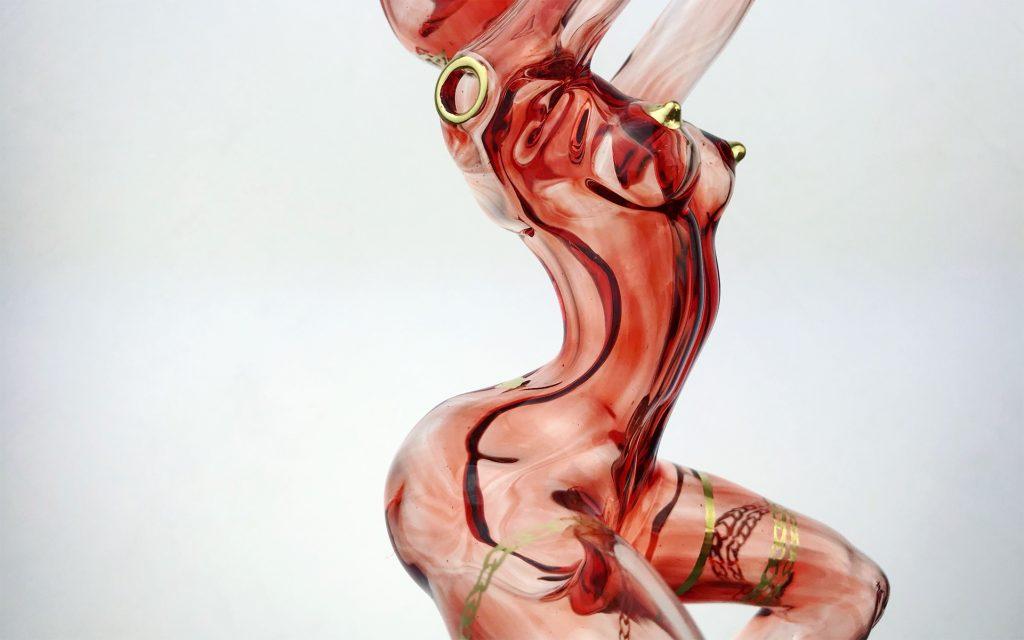 In Photos: Feminine Pipes So Gorgeous, You'll Hesitate to Smoke Them