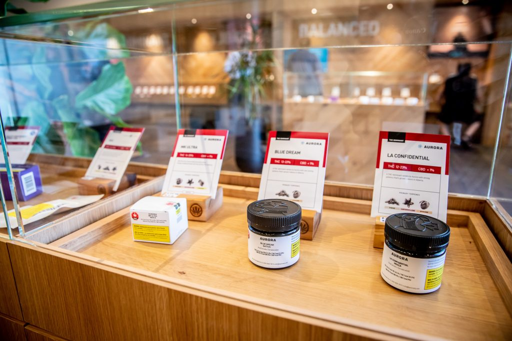 aurora cannabis choom retail display