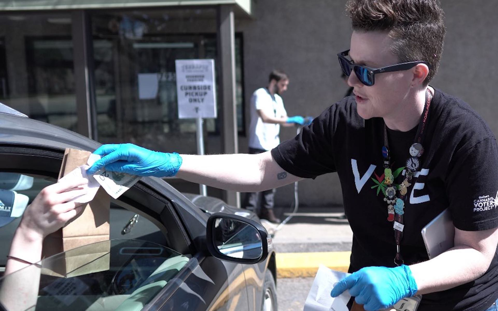 A Terrapin Care Station employee in Colorado conducts curbside pickup as an essential business during COVID-19 outbreak. (Courtesy Terrapin Care Station)