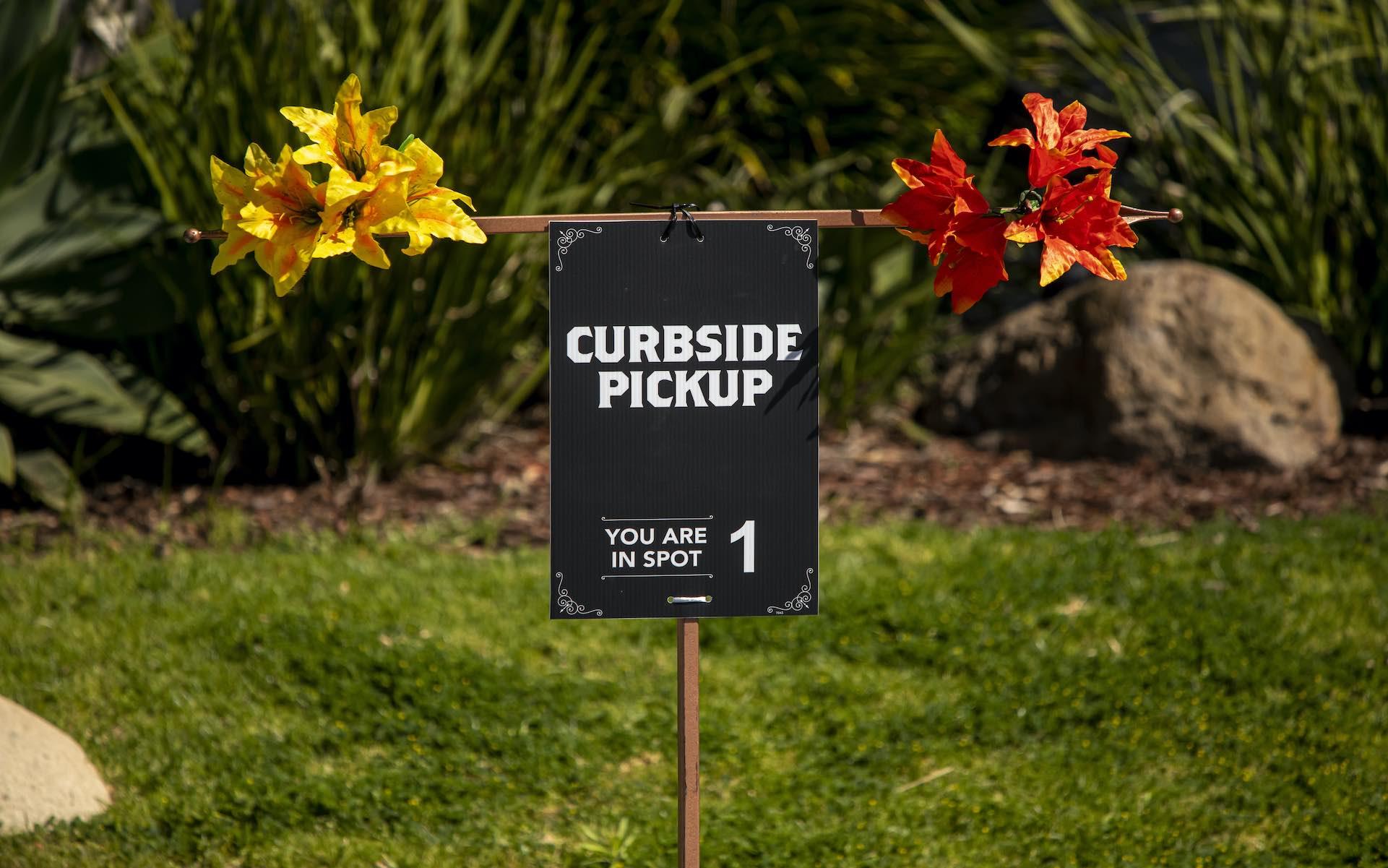 Massachusetts-curbside-pickup